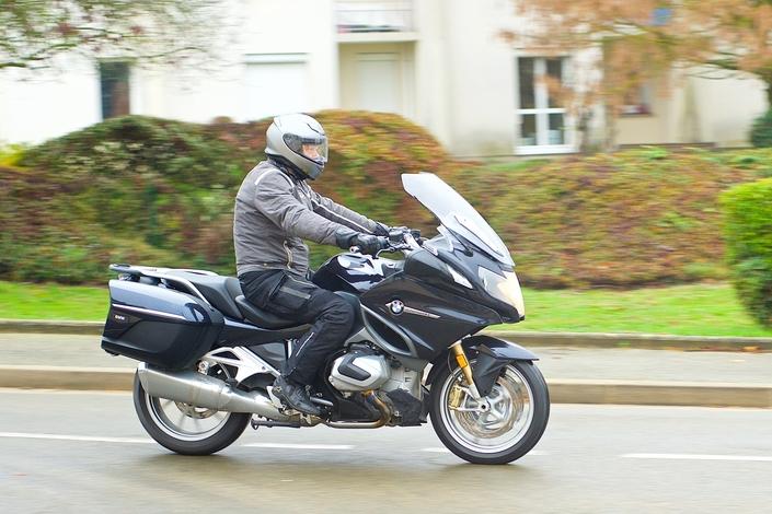 Essai - BMW R1250 RT - Un Boxer sacrément camé! S1-essai-bmw-r1250-rt-un-boxer-sacrement-came-574305