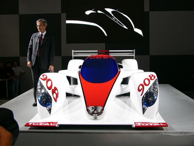 Toutes les nouveautés Peugeot en direct du Mondial
