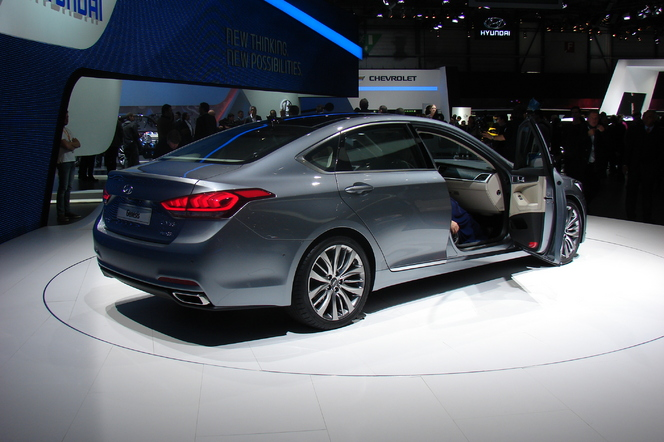 En direct de Genève 2014 - Hyundai Genesis: comme une allemande