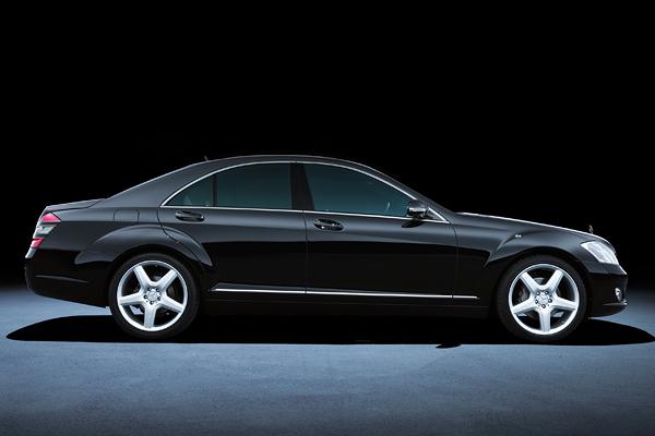 Mercedes Classe S : le vaisseau amiral de la marque à l'étoile fête ses 40 ans
