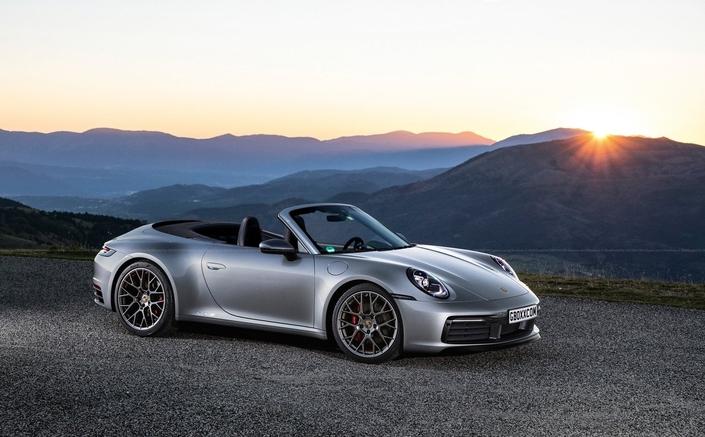La Porsche 911 type 992 imaginée en cabriolet