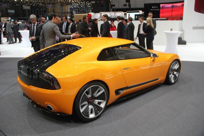 En direct de Genève 2014 - Kia GT4 Stinger : anti-GT86
