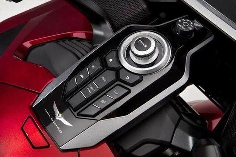 Rumeur : les photos du Honda Goldwing 2018 ?