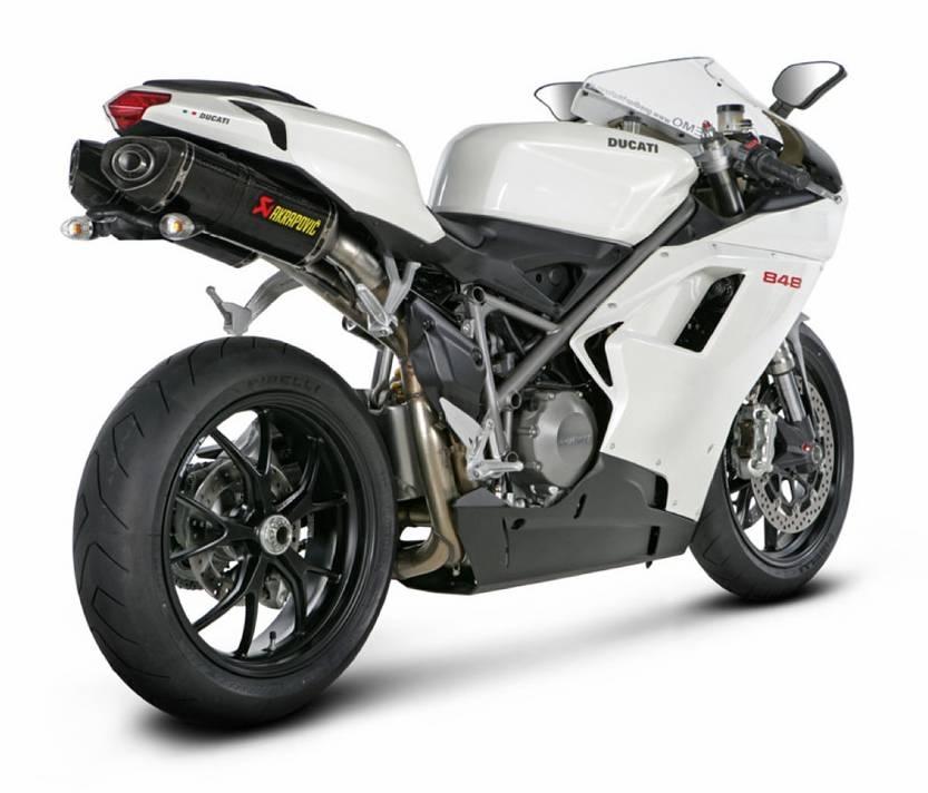 Les sportives Ducati équipées en Akra