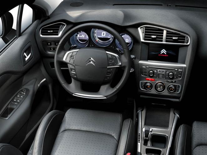 La Citroën C4 Cactus face aux C3 et C4: brève comparaison de leurs caractéristiques