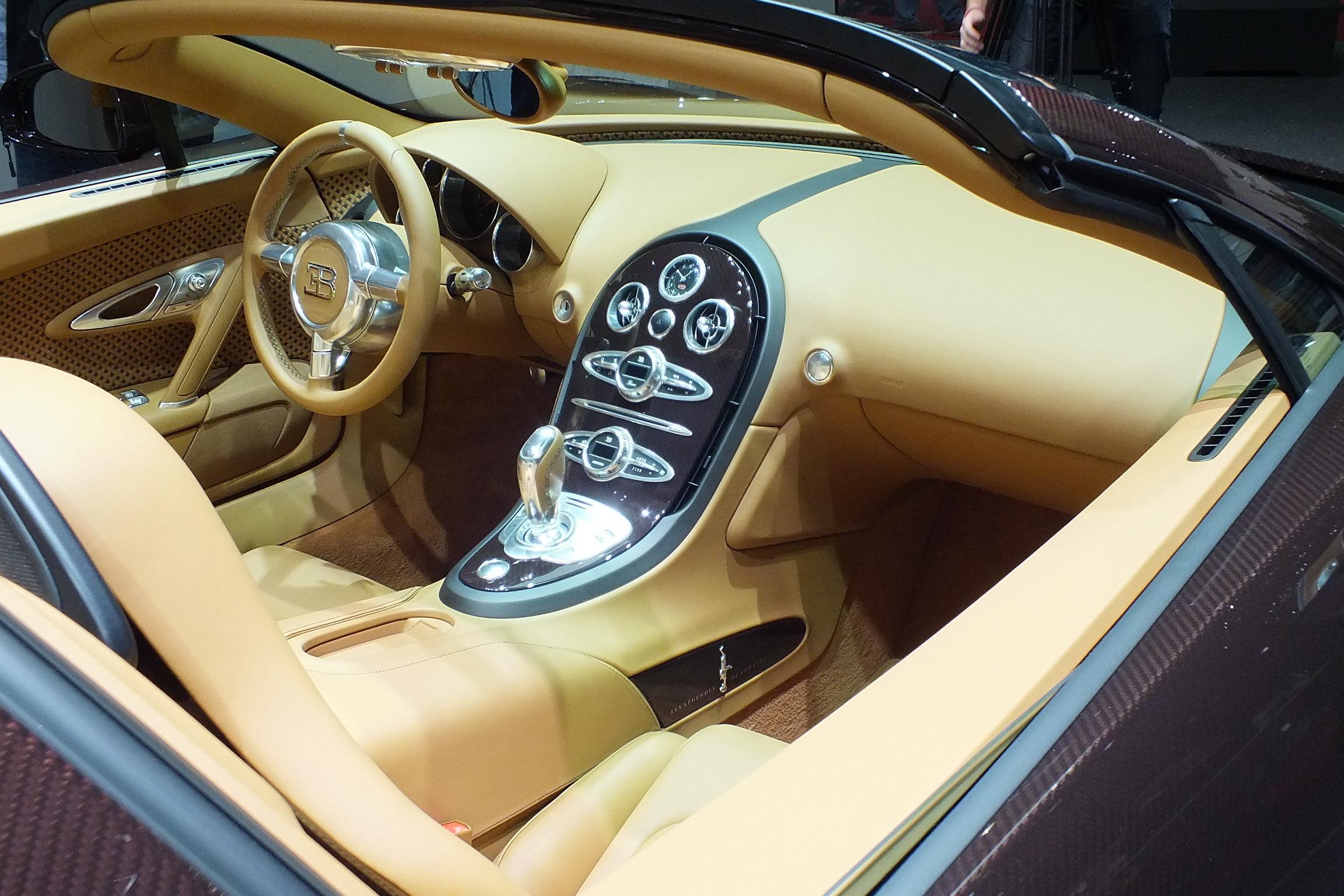 S0-En-direct-de-Geneve-2014-Bugatti-Veyron-Rembrandt-Bugatti-316536 Exciting Bugatti Veyron Grand Sport Vitesse Fiche Technique Cars Trend