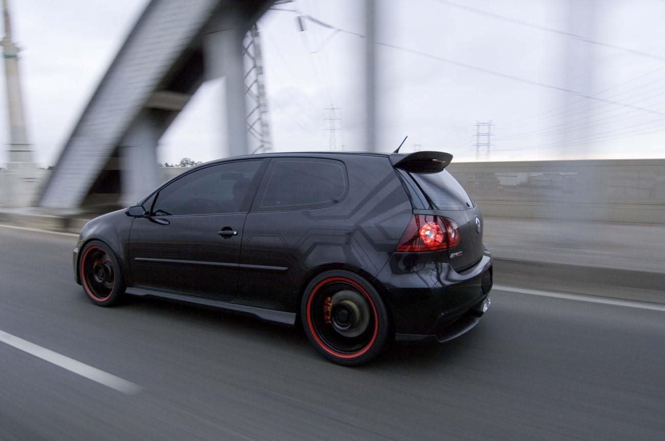 Wrx Vs Gti >> Volkswagen Golf V R GTI : black power