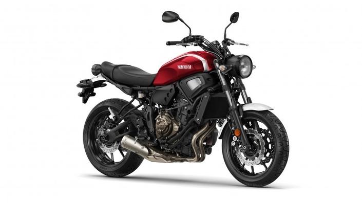 Yamaha: les XSR700 et XSR900 voient rouge pour 2018