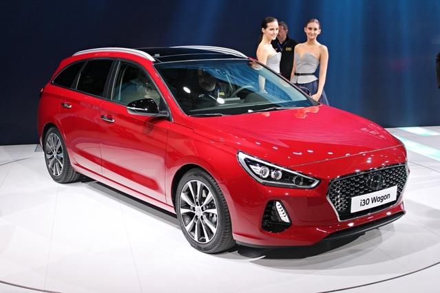 Hyundai i30 SW : beau ET pratique - Vidéo en direct du Salon de Genève 2017