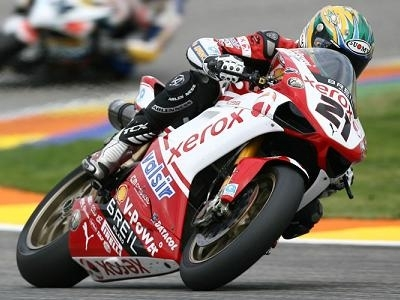 Superbike - Assen D.1: Bayliss met le grand braquet
