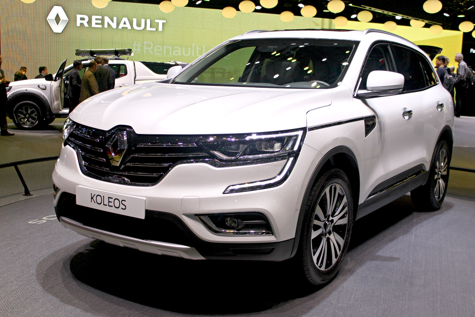 renault koleos deuxi me tentative vid o en direct du. Black Bedroom Furniture Sets. Home Design Ideas