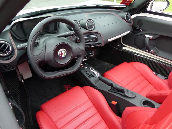 Essai vidéo – Alfa Romeo 4C Spider : le plaisir à tout prix