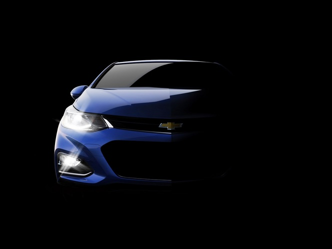 US : Chevrolet tease la berline Cruze