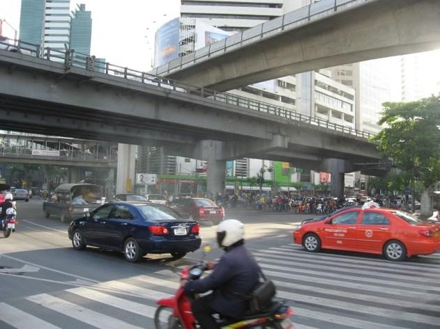 La Thaïlande encourage la production et l'achat de véhicules moins polluants