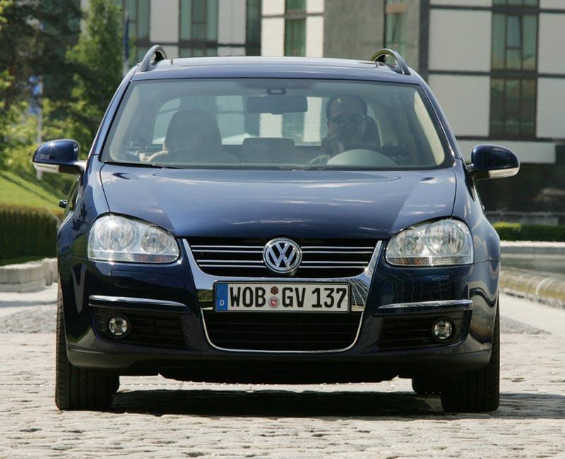S0-Volkswagen-Golf-SW-Break-et-set-163527