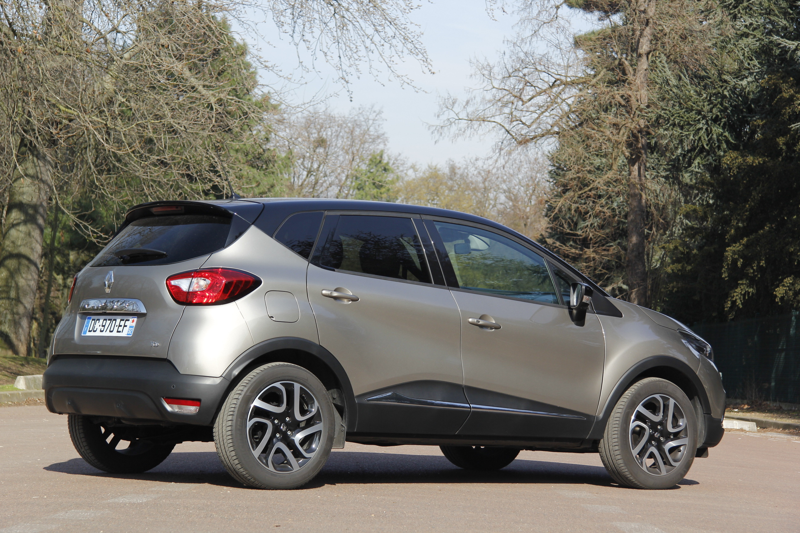 essai renault captur 1 2 tce 120 intens edc on reuses comp tences