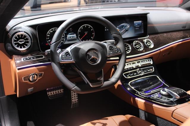 Mercedes Classe E coupé : suite dans les idées - Vidéo en direct du salon de Genève 2017