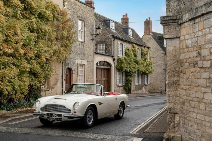 Aston Martin propose la conversion des anciennes à l'électrique