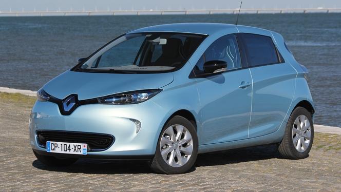 Ventes de véhicules écolos : hybride qui rit, électrique qui pleure