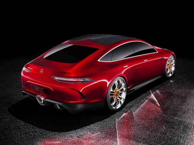 Salon de Genève 2017 : Mercedes dévoile le GT Concept, la berline AMG