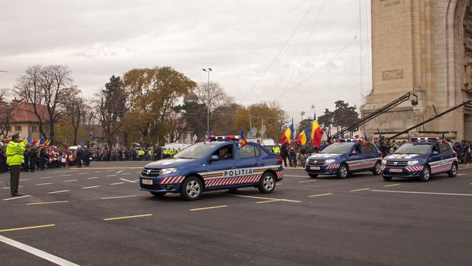 Les nouvelles Dacia paradent au défilé militaire