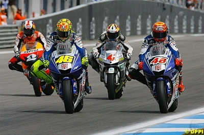 """Moto GP - Rossi: """"Mon départ a motivé Michelin"""""""