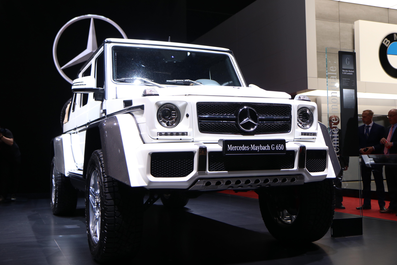 Mercedes maybach g65 amg landaulet l 39 enjambeur en for Mercedes salon