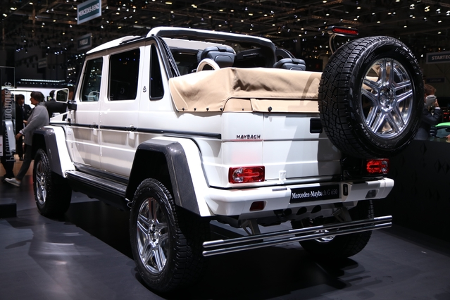 Mercedes Maybach G65 AMG Landaulet : l'enjambeur - En direct du salon de Genève 2017