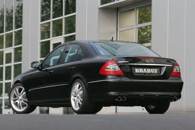 Pour la Mercedes E300 Bluetec, le kit PowerXtra D6 BLUE de Brabus : respect de la norme anti-pollution EURO 5