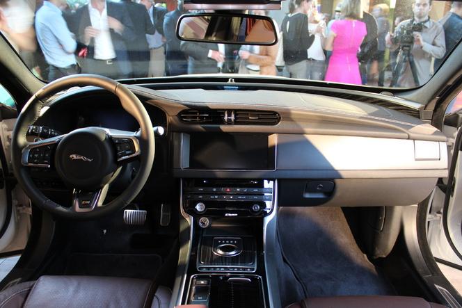 Vidéo - Présentation Jaguar XF :séduisante