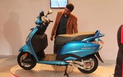 Marché: EBR va faire entrer les scooters Hero en occident
