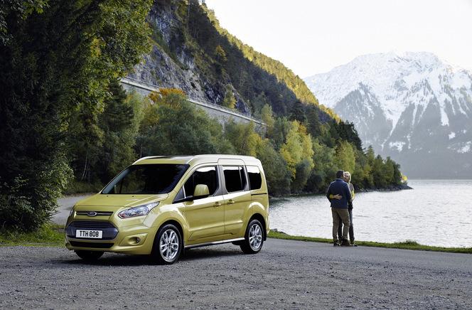 Ford modernise le Tourneo européen