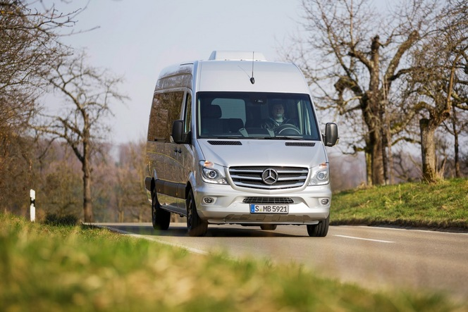Mercedes célèbre les 20 ans de son fourgon avec la série spéciale Edition Sprinter