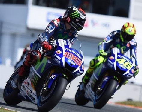 MotoGP - Rossi vs Lorenzo : un trône pour deux chez Yamaha
