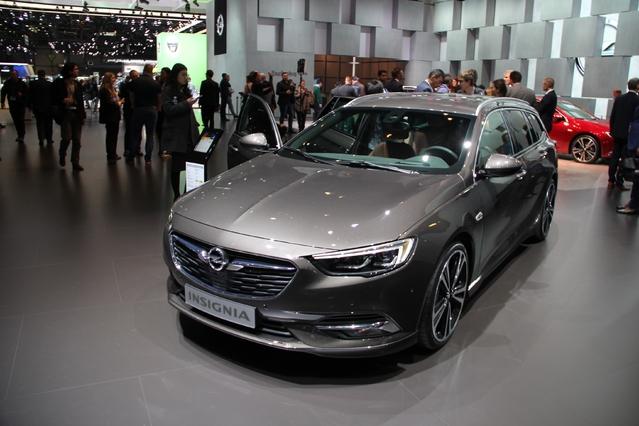 Opel Insignia Sports Tourer : gigantesque - Vidéo en direct du salon de Genève 2017