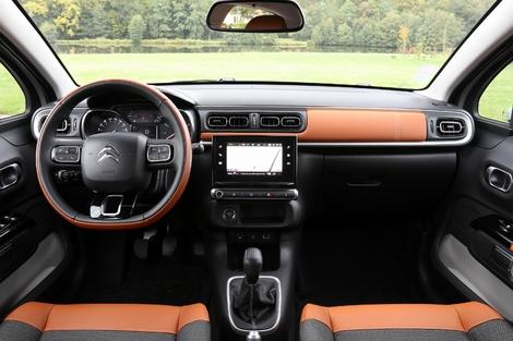 Cockpit original et sièges confortables pour la C3.