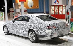 Surprise : l'intérieur de la future Mercedes CLS sort de l'ombre