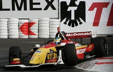 Champcar Mexico: Bourdais, à la force du poignet