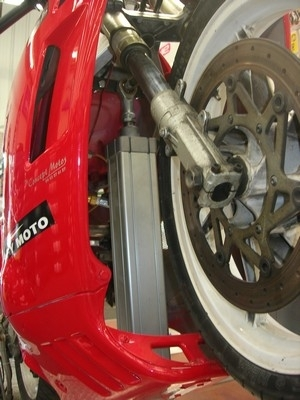 """Stunt... j'ai testé pour vous la """"machine à wheeling"""""""