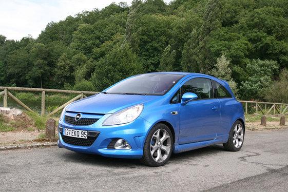 Essai - Opel Corsa OPC : elle enfile le bleu de chauffe