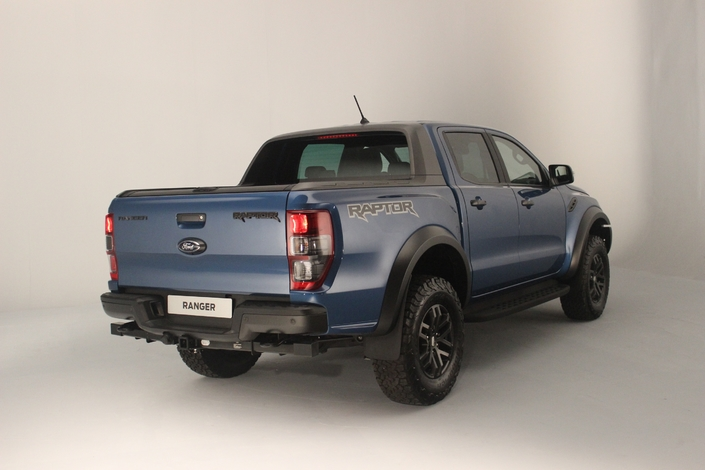 pr sentation vid o ford ranger raptor l 39 pouvantail qu 39 on ne verra pas dans nos champs. Black Bedroom Furniture Sets. Home Design Ideas