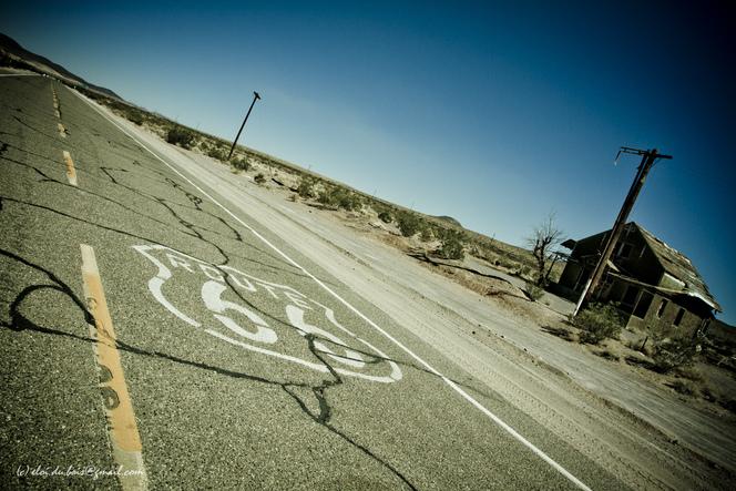 Caradisiac sur la Route 66 - Etape 8: Entre Needles et Santa Monica.