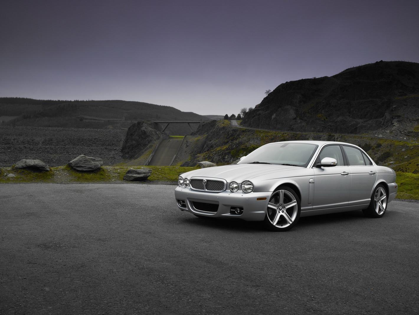 Nouvelle Jaguar XJ Phase 2 2008 Sportive Et Muscle