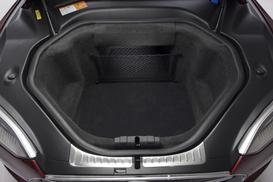 Essai vidéo - Tesla Model S : l'électrique qui pique