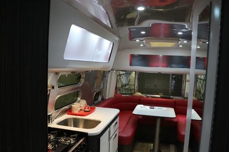 Salon des véhicules de loisirs : la star c'est le camping-car