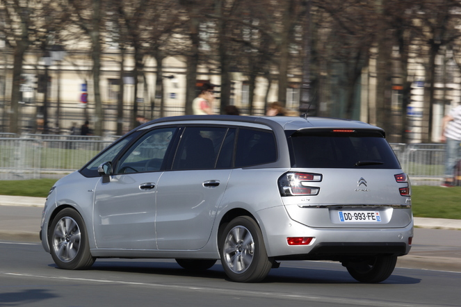 Essai - Citroën Grand C4 Picasso e-HDi 115 : plus grand que costaud