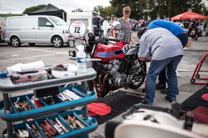 Moto Tour: les anciennes aussi.