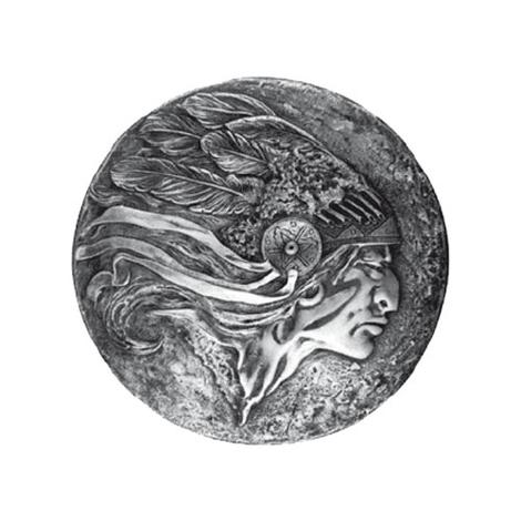Un chef indien de profil, avec une flèche qui symbolise la vitesse et la précision. Les origines du logo Skoda remontent aux années 20.