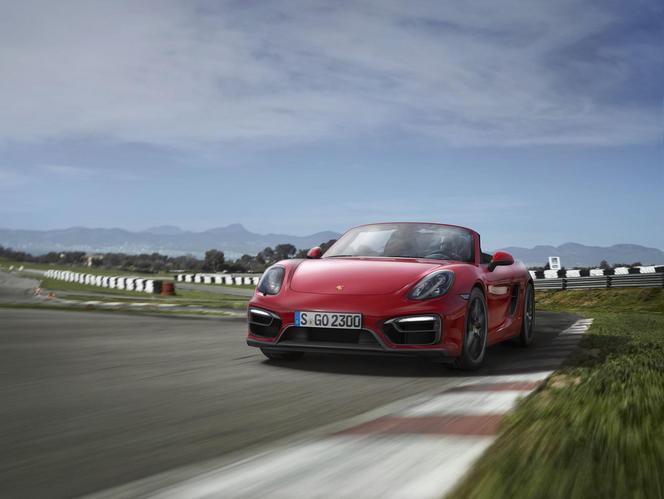 Nouvelles Porsche Boxster et Cayman GTS: 15 chevaux supplémentaires
