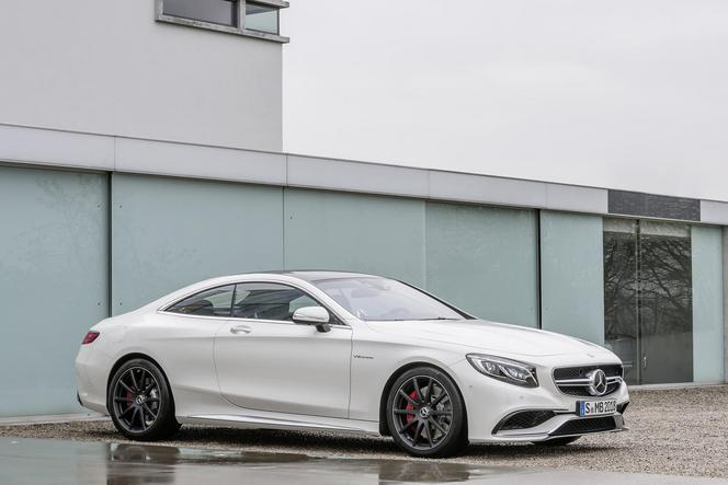 Nouvelle Mercedes S63 AMG Coupé: propulsion ou 4Matic